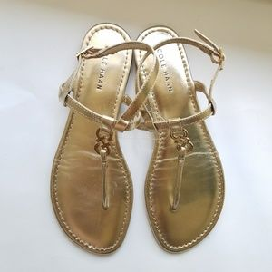 Like New Gold Cole Haan Thong Flat Sandals 8M
